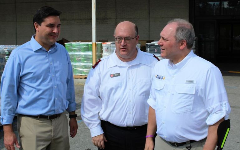 Salvation Army Hosts Congressmen Scalise and Rouzer at Hurricane Relief Center