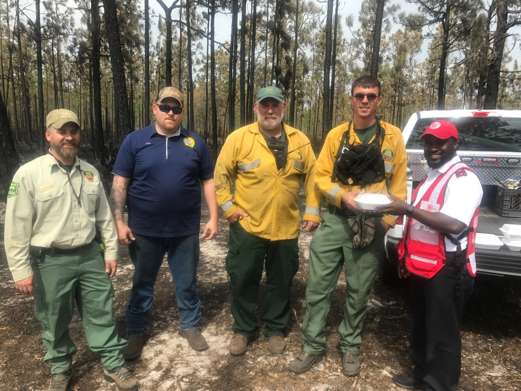 Florida Salvation Army Personnel Provide Comfort During Polk County Wildfire